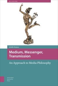 """""""Medium, Messenger, Transmission"""" (2015), livro de Sybille Krämer pela série Recursions"""