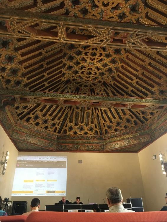 Salão dos Caballeros XXIV, com armadura mudéjar do século XVI